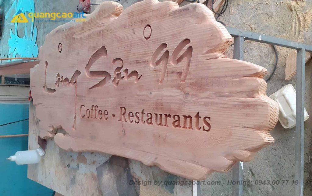 Làm bảng hiệu gỗ, làm bảng hiệu gỗ nhà hàng